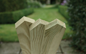 Planed, Pointed Top Picket Boards 1200mm